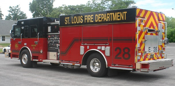 saint_louis_fire_department_engine_28.jpg